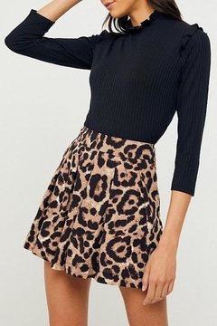 Hayden Los Angeles Leopard-Print Pleated Shorts - Product List Image