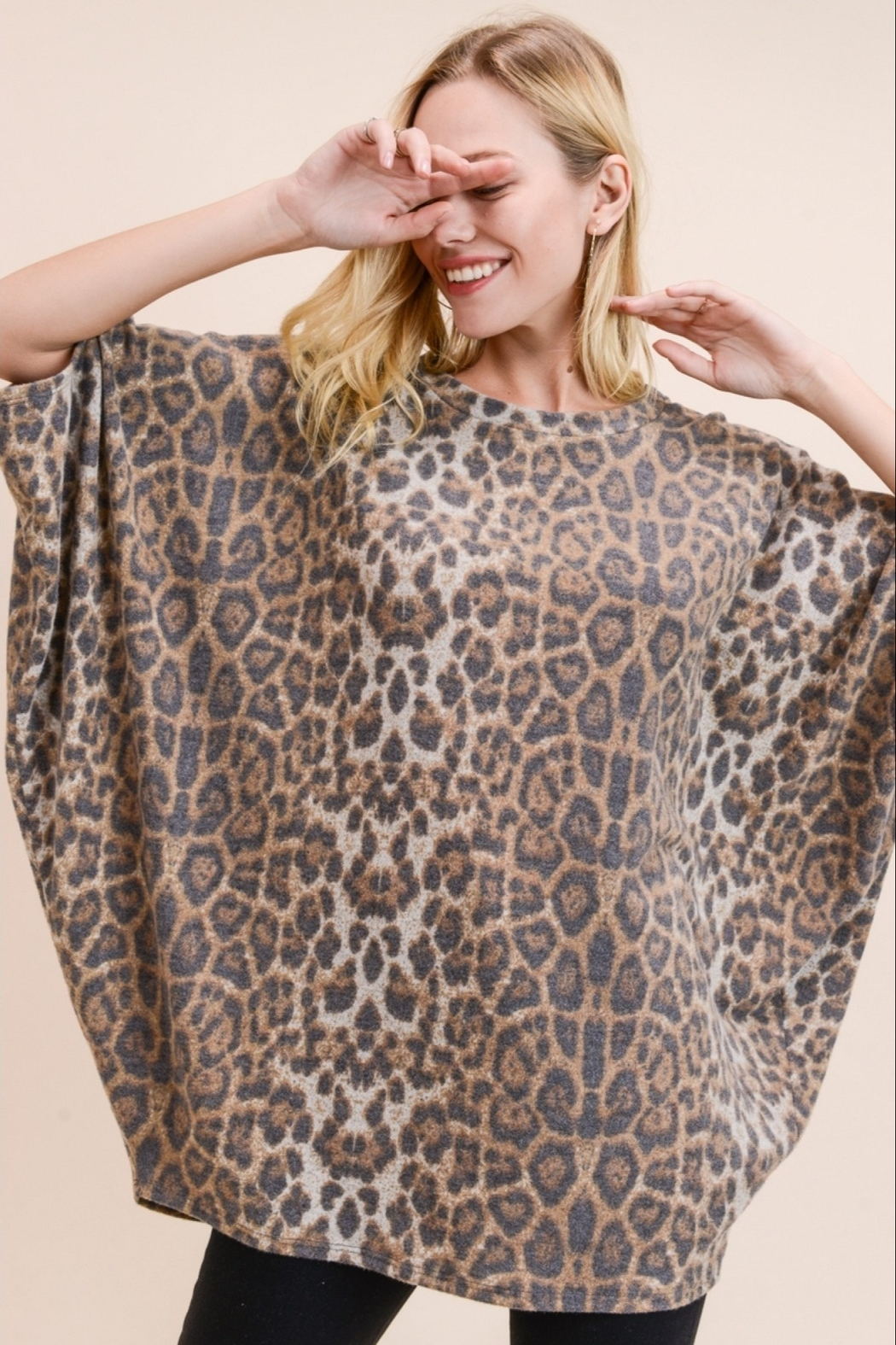 Jodifl LEOPARD PRINT TOP - Front Cropped Image