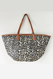 Dorfman Pacific Leopard Print Tote - Front cropped