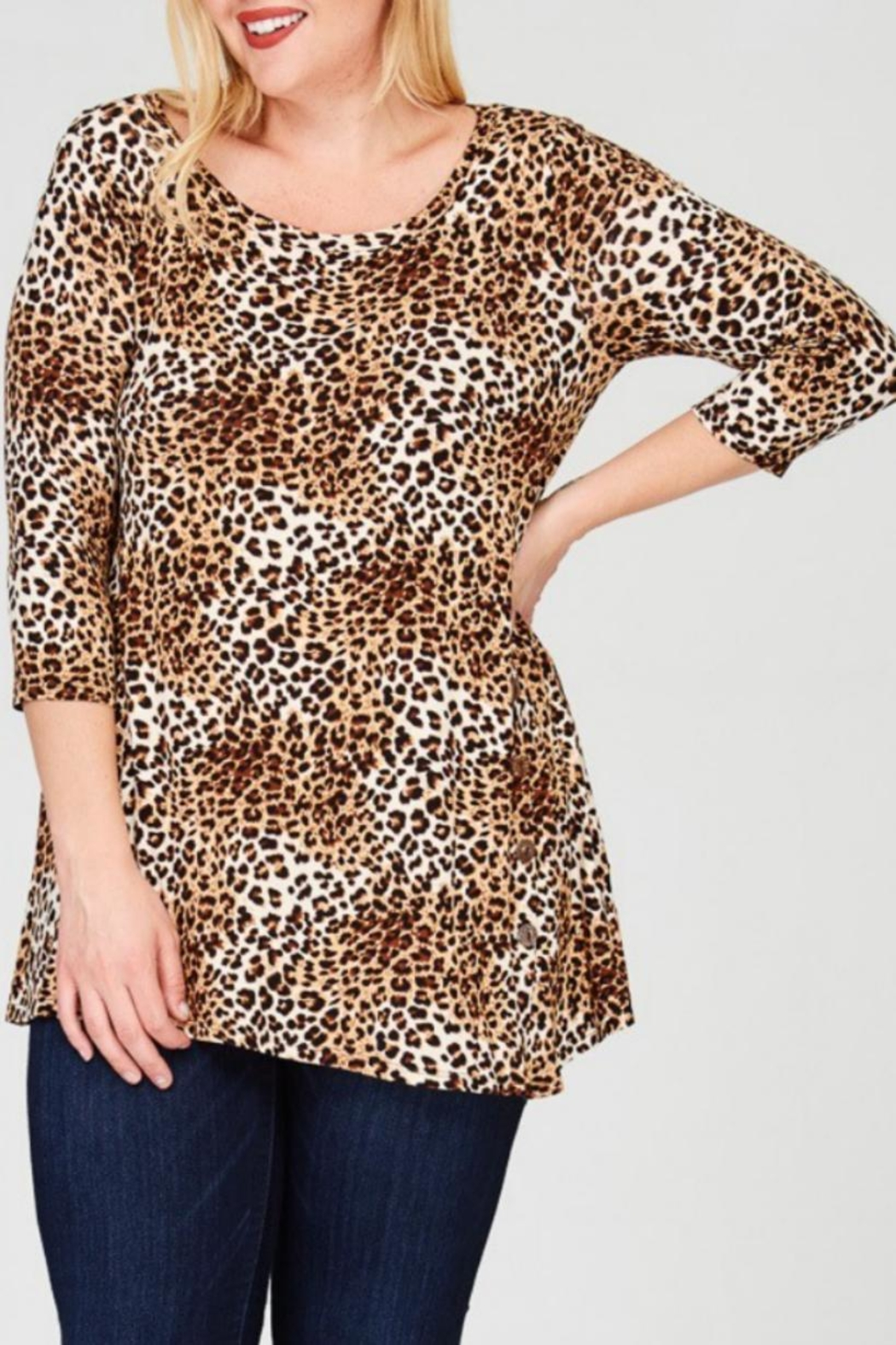 Janette Plus Leopard Print Tunic - Back Cropped Image