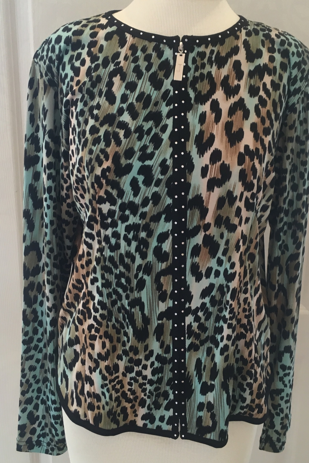 Damee Leopard Print with Rhinestone Zipper - Front Full Image