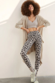 Body Language Leopard Ribbed legging - Front cropped