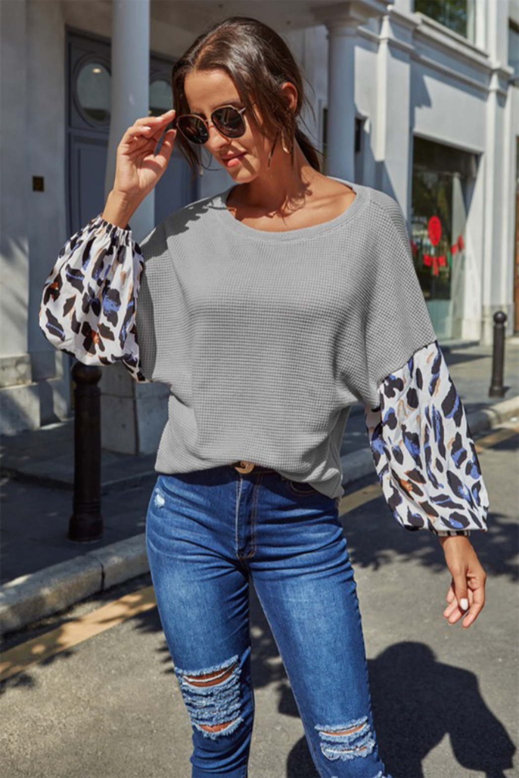 Shewin  Leopard Sleeve Top - Side Cropped Image