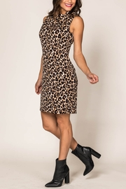 Last Tango LEOPARD SLVLS DRESS W/BACK COLLAR - Product Mini Image