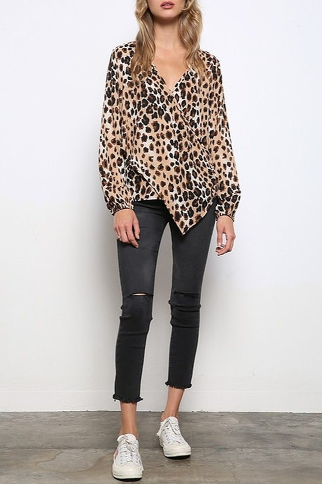 Mittoshop LEOPARD WOVEN TOP - Side Cropped Image