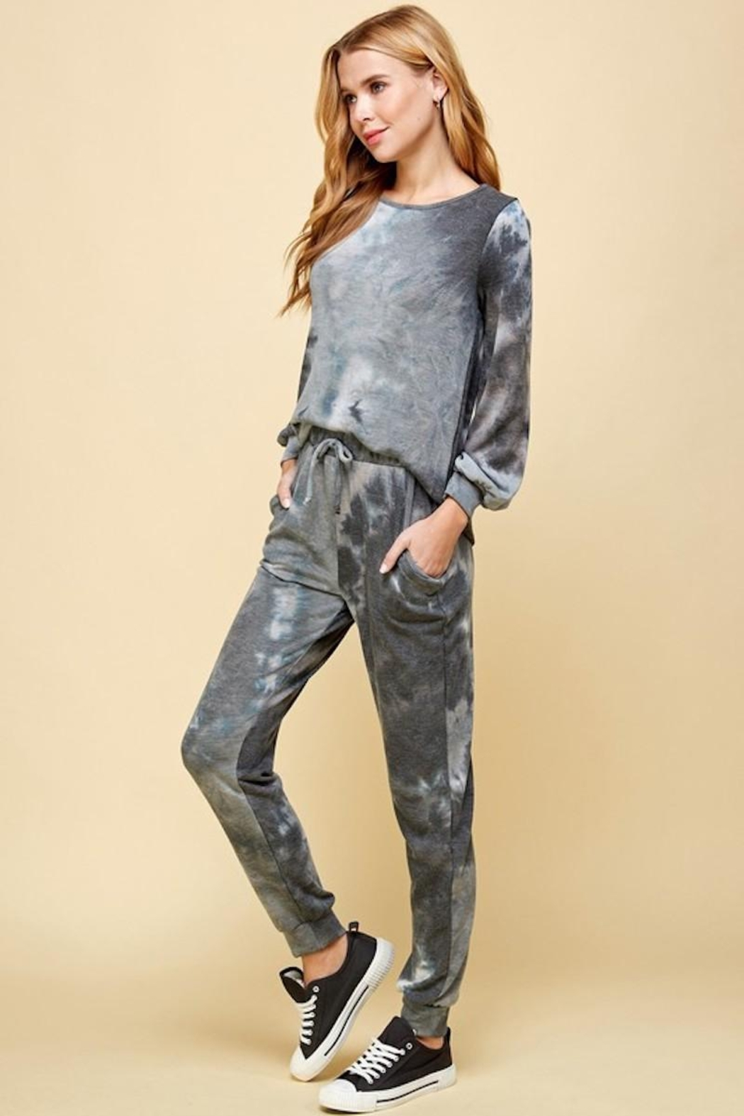 Les Amis Charcoal Tie Dye Top - Side Cropped Image