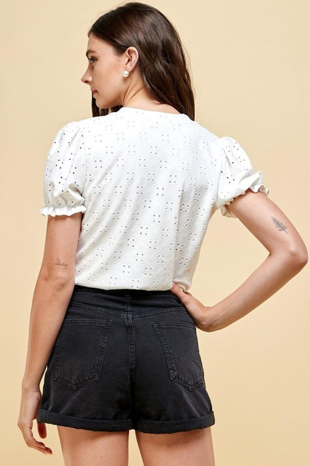 Les Amis Emily's Eyelet Top In White - Side Cropped Image
