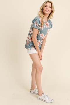 Les Amis Floral Ruffle Sleeve Comfy Top - Alternate List Image