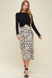 Les Amis Leopard Midi Skirt - Side cropped