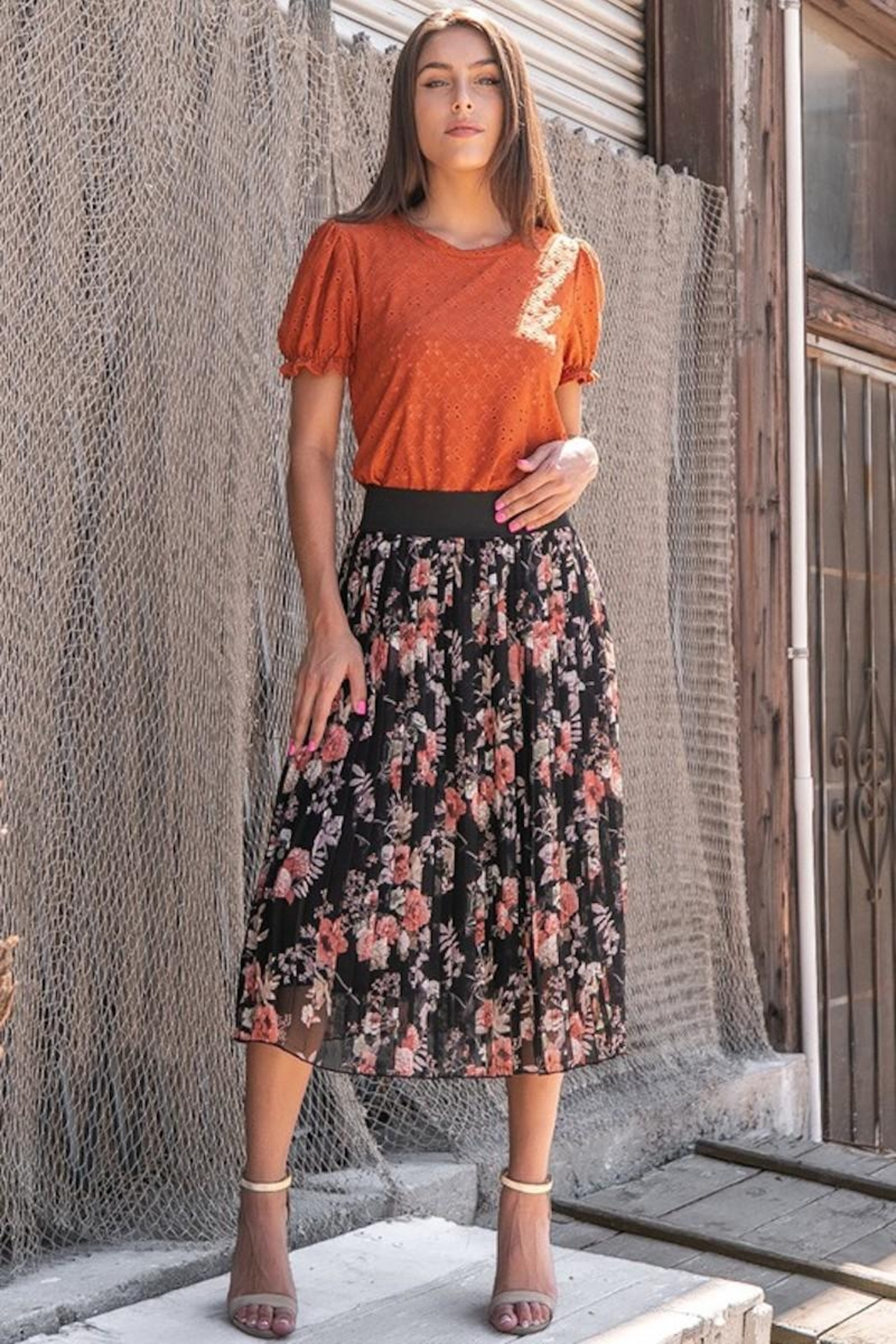 Les Amis Pleated Fall Floral Skirt - Front Full Image