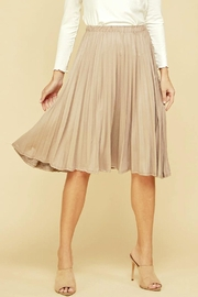 Les Amis Suzy Pleat Skirt - Front cropped