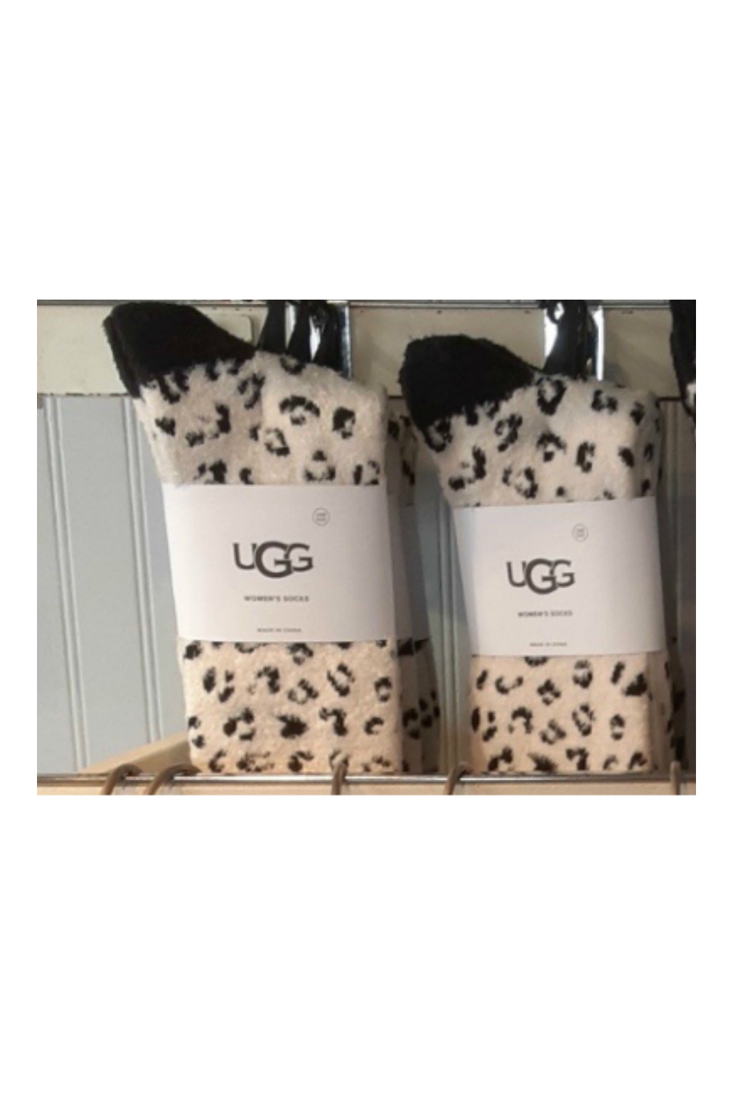 Ugg LESLIE GRAPHIC CREW SOCK - Front Cropped Image