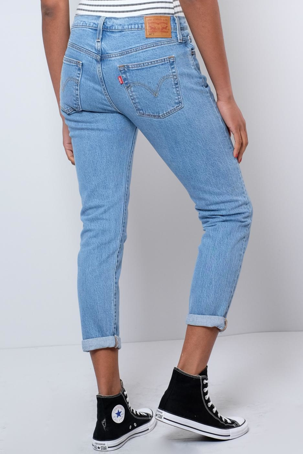 Levi's Tapered Jeans - Side Cropped Image