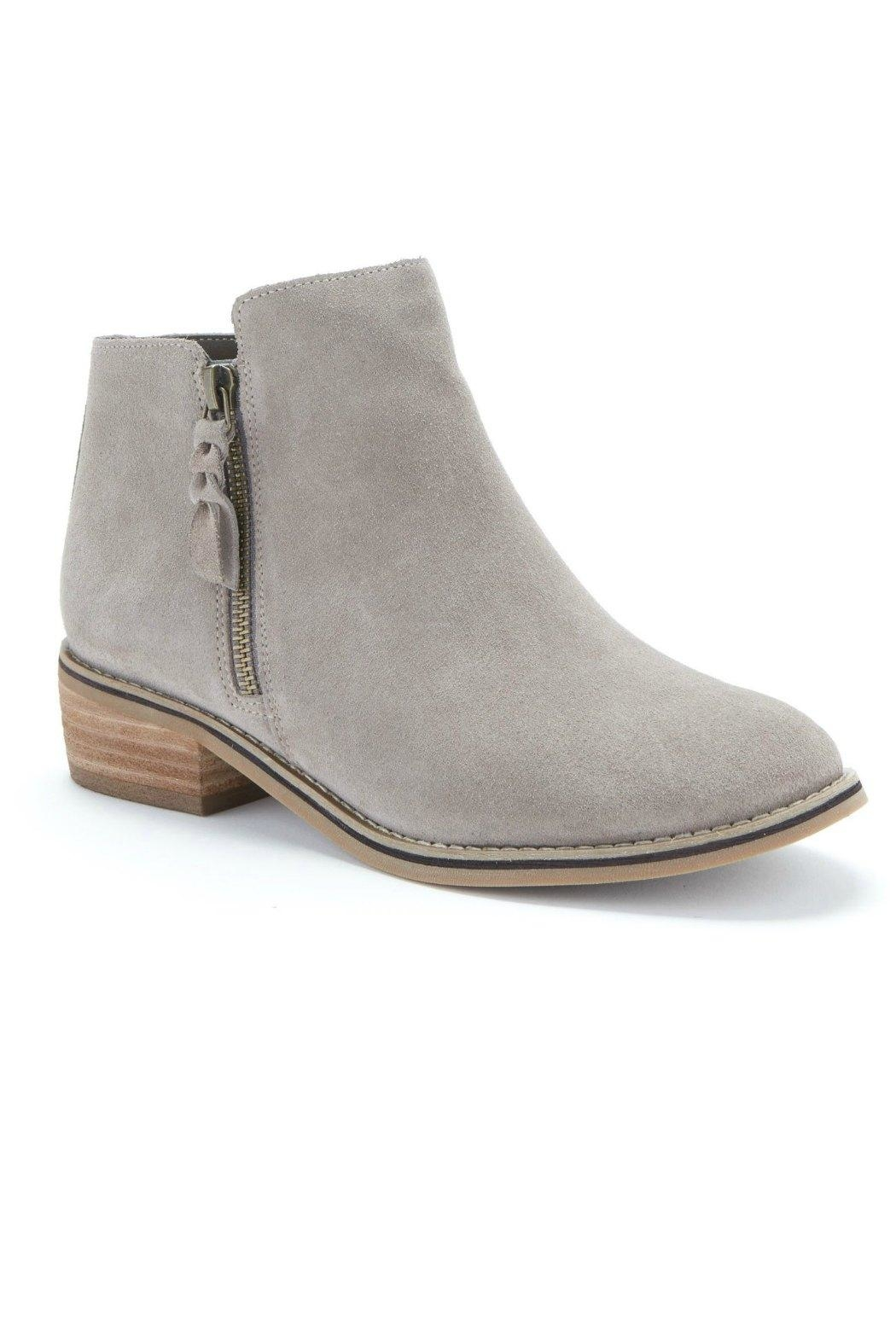 Blondo Liam Suede Boot - Front Cropped Image