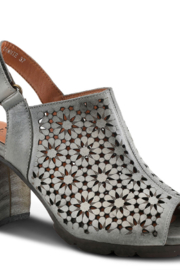 Spring Step L' Artiste Light Grey Hand-painted premium leather sandal. - Front cropped
