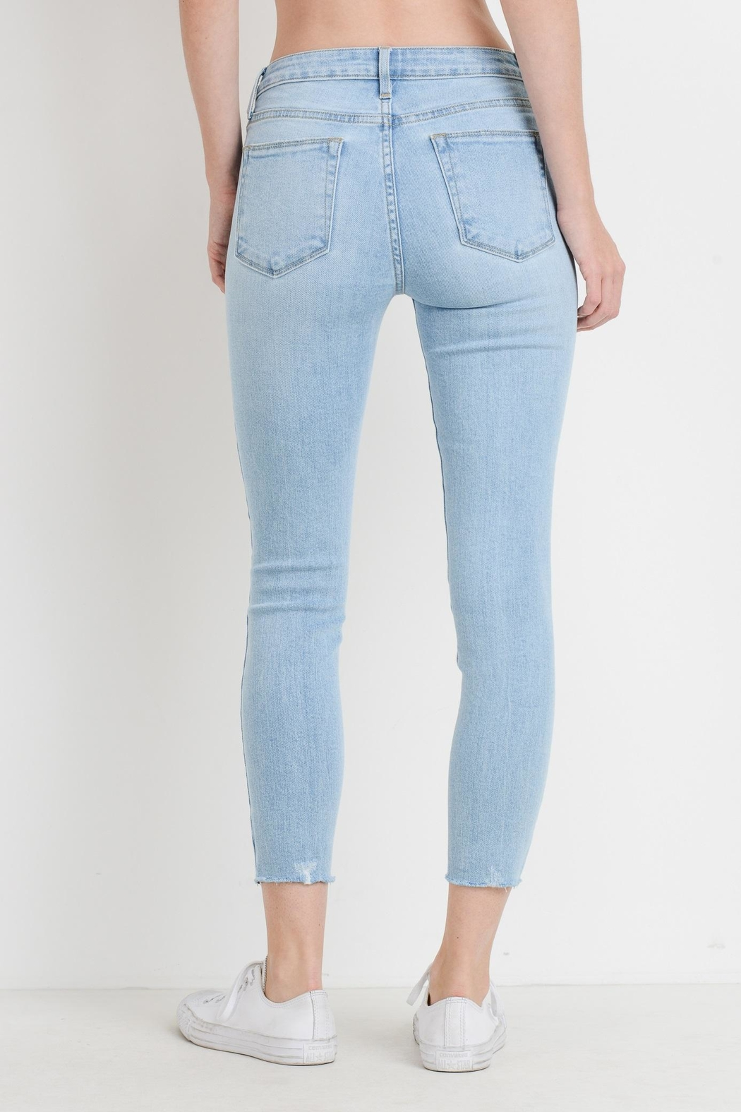 just black Light Skinny Jeans - Side Cropped Image