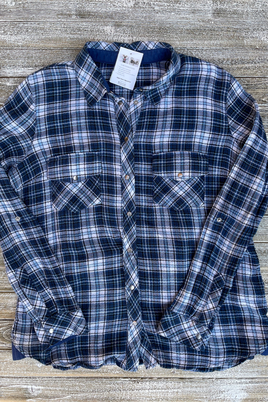 Soulstice Sky Lightweight Flannel w White Lips - Back Cropped Image