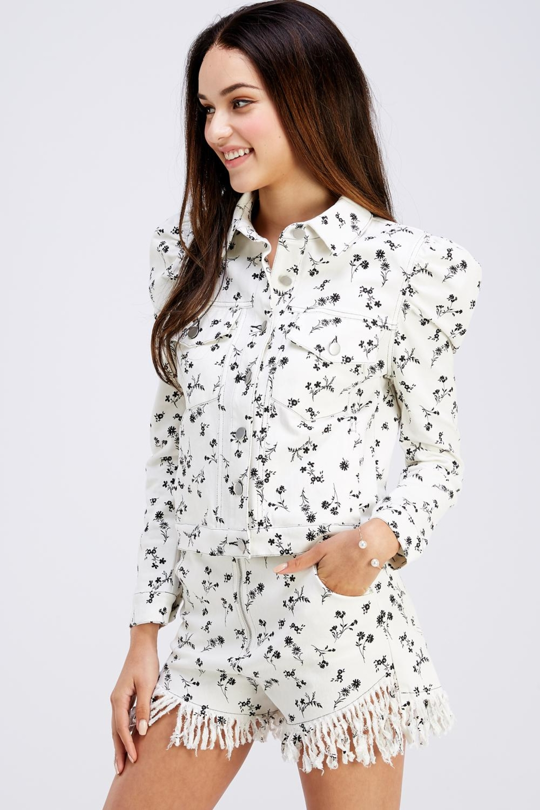 Wild Honey Lightweight Floral Jacket - Side Cropped Image
