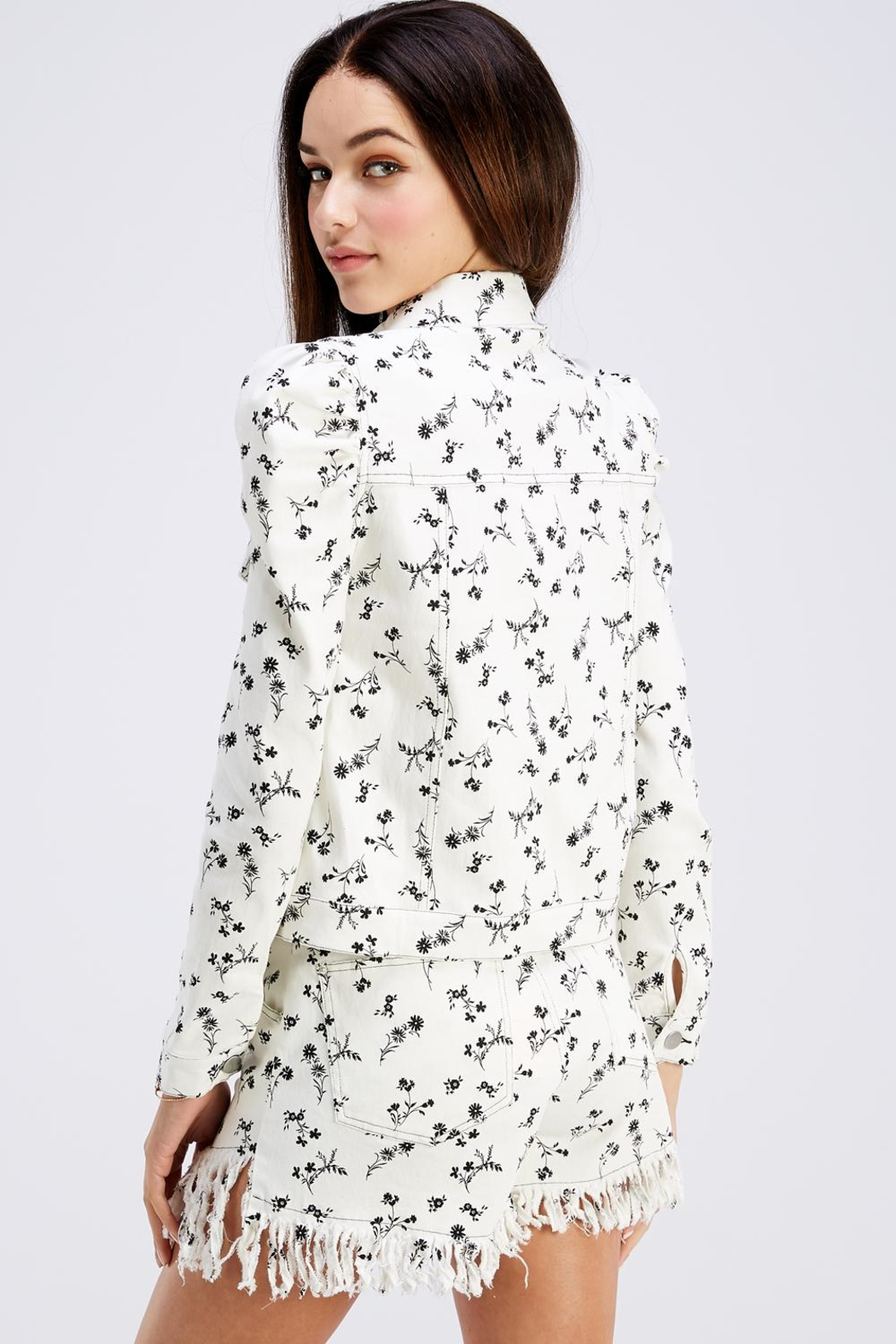 Wild Honey Lightweight Floral Jacket - Back Cropped Image