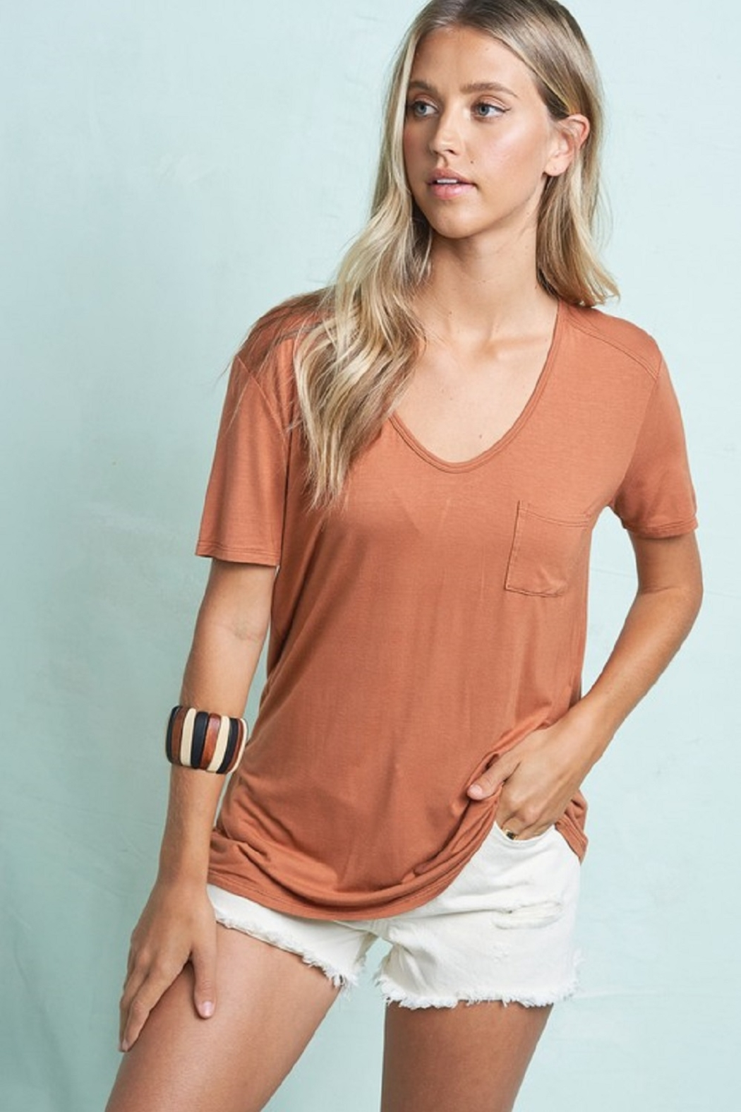 LA MIEL  Lightweight Tee - Front Cropped Image