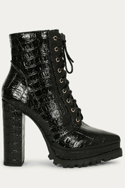liliana Liliana Irie-1 Lace Up Booties Black Suede - Side cropped