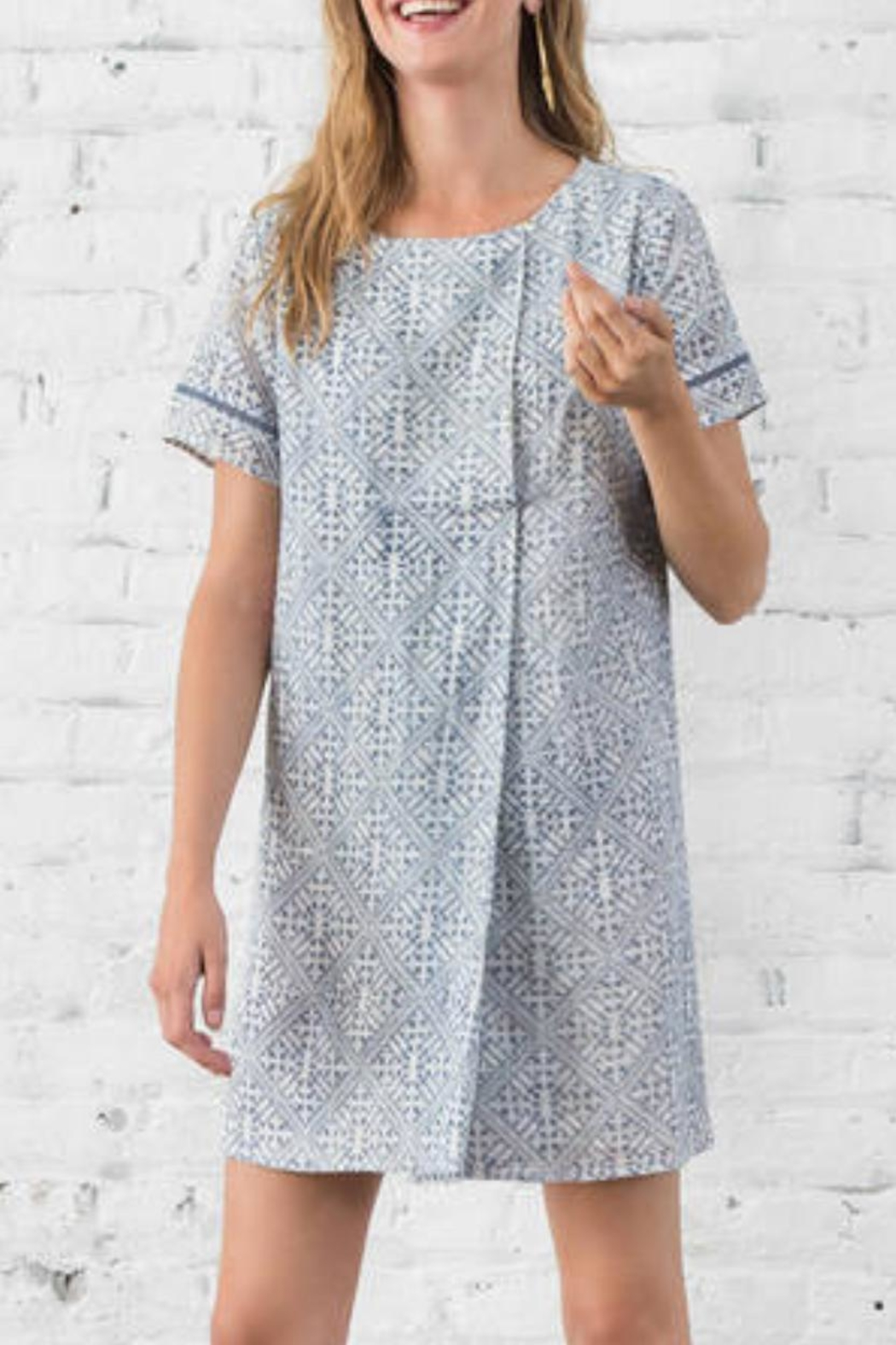 Lilla P Short Sleeve Dress - Front Cropped Image