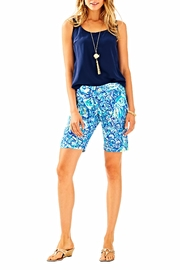 Lilly Pulitzer Chipper Short - Back cropped