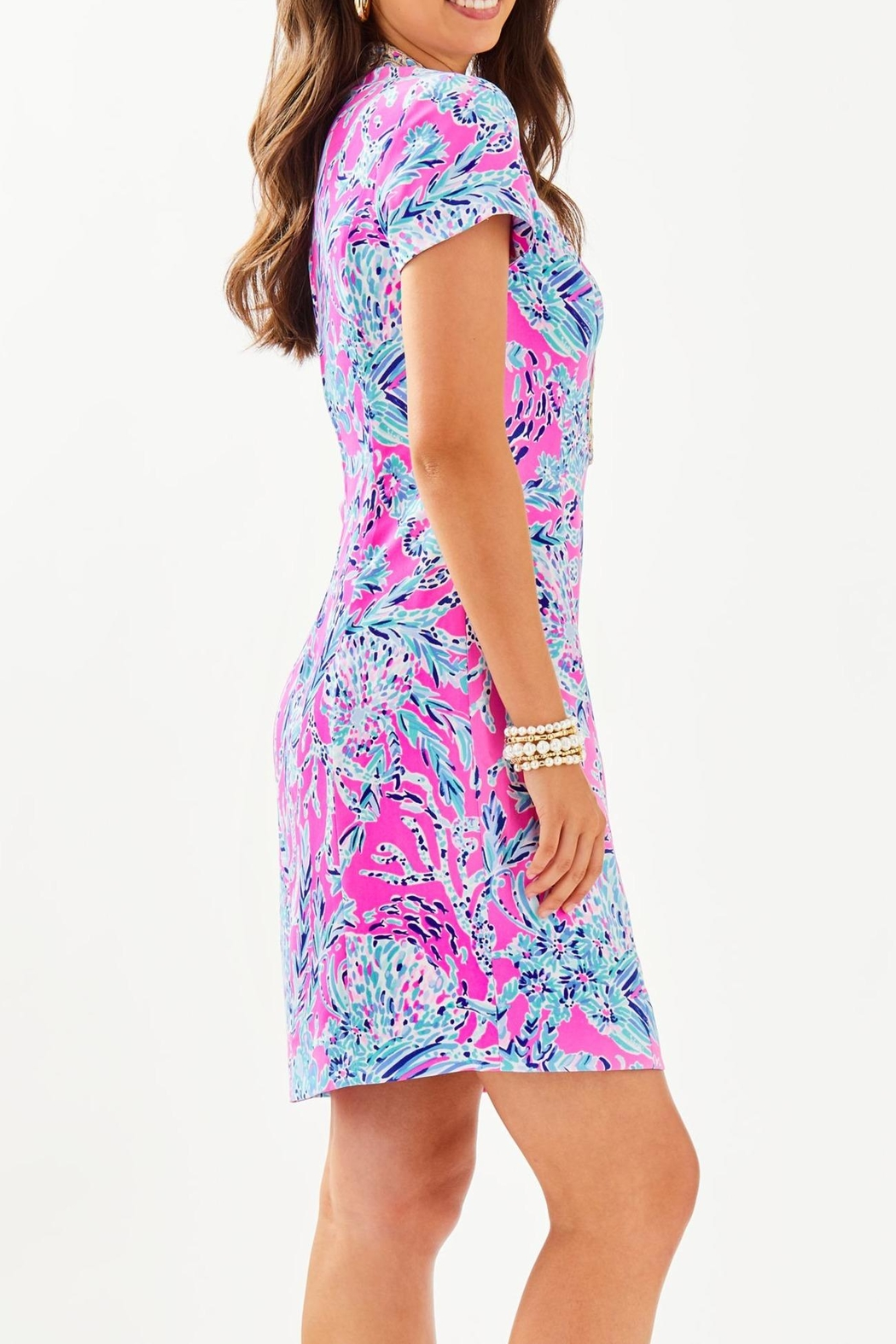 Lilly Pulitzer Adrena Stretch-Shift Dress - Side Cropped Image