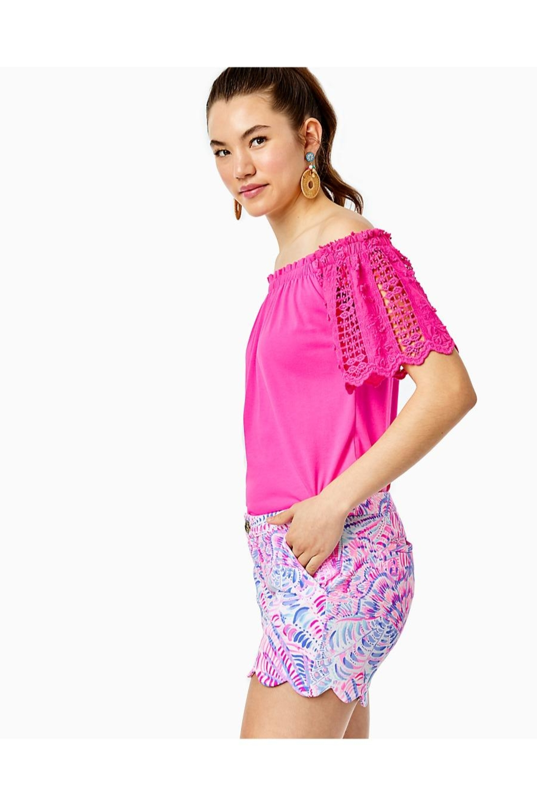 Lilly Pulitzer Buttercup Knit Stretch-Short - Side Cropped Image