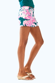 Lilly Pulitzer Callahan Short - Side cropped