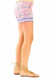 Lilly Pulitzer Callahan Shorts - Side cropped