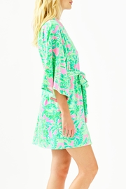Lilly Pulitzer Elaine Robe - Side cropped