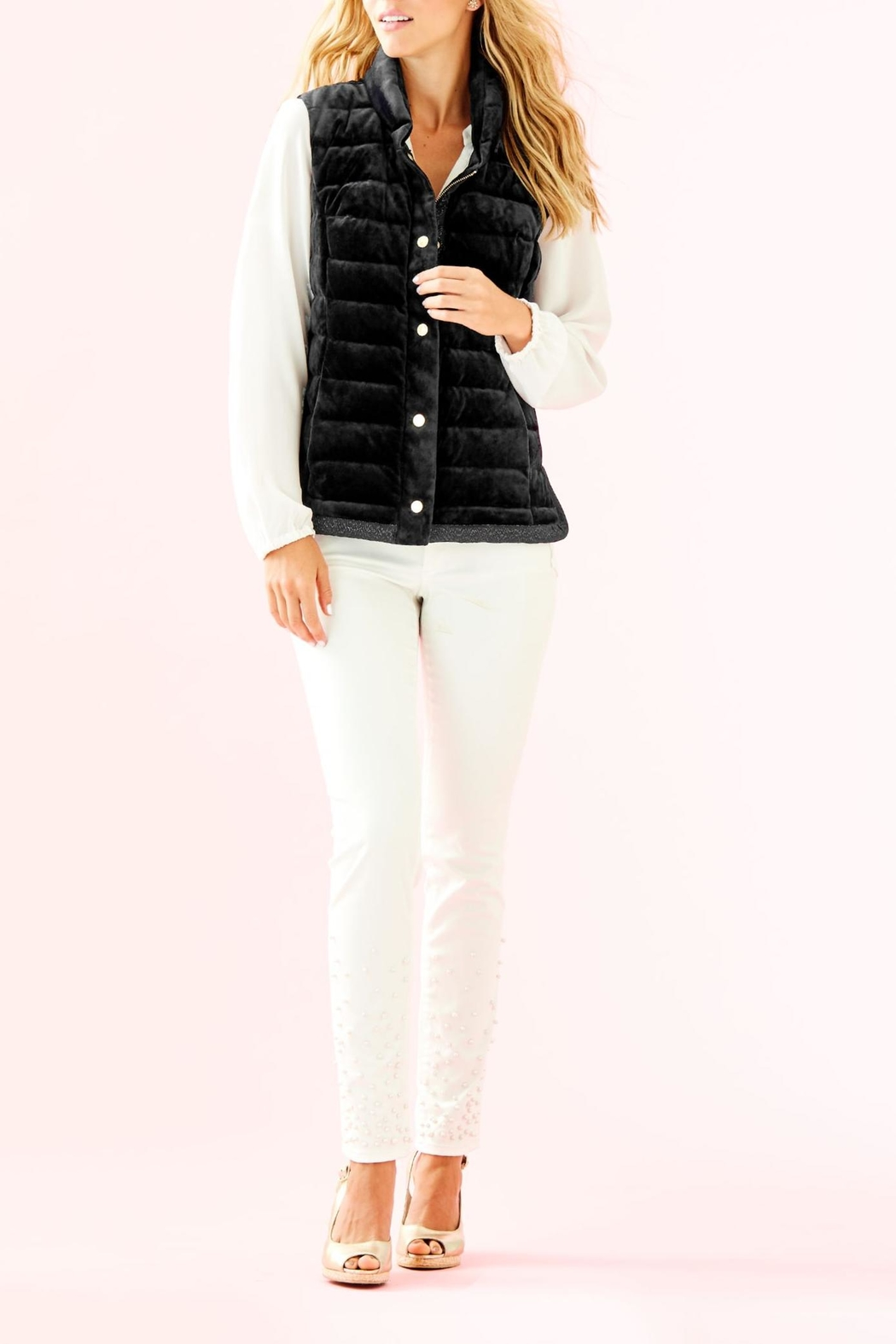 Lilly Pulitzer Iliana Puffer Vest - Side Cropped Image