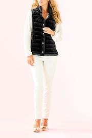Lilly Pulitzer Iliana Puffer Vest - Side cropped
