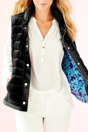 Lilly Pulitzer Iliana Puffer Vest - Front cropped