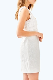 Lilly Pulitzer Leigh Stretch-Shift Dress - Side cropped