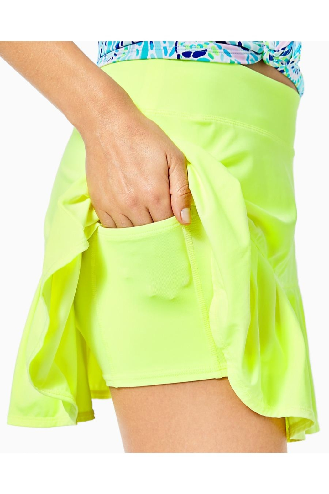 Lilly Pulitzer Luxletic Taye Skort - Back Cropped Image