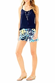 Lilly Pulitzer Magnolia Scallop Short - Side cropped