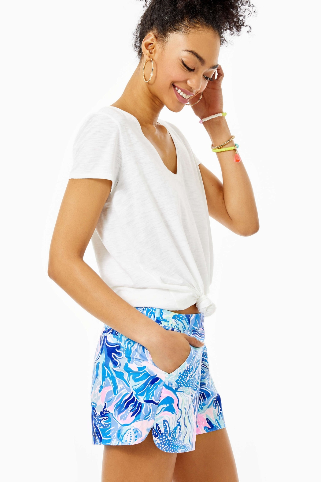 Lilly Pulitzer Ocean View Short - Side Cropped Image
