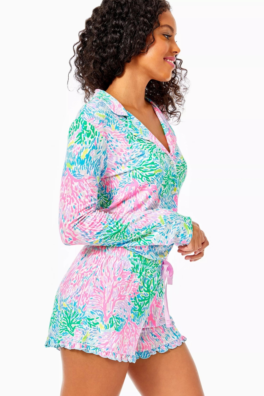 Lilly Pulitzer Pj Knit-Ruffle Short - Side Cropped Image