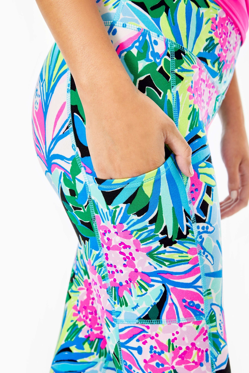 Lilly Pulitzer Weekender Crop Legging - Back Cropped Image