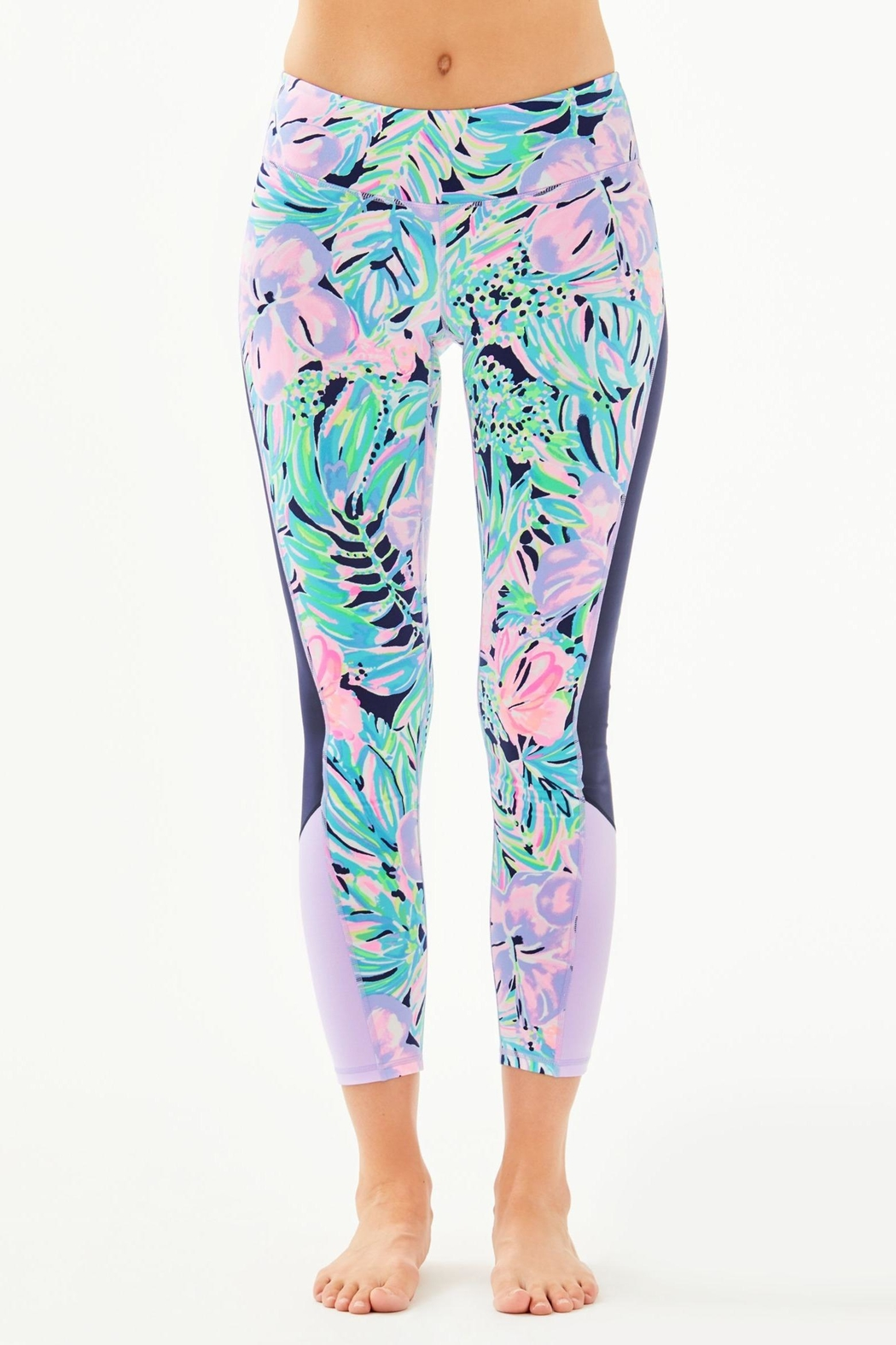 Lilly Pulitzer Weekender Crop Legging - Front Cropped Image