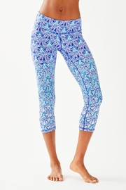 Lilly Pulitzer Weekender Cropped Legging - Product Mini Image