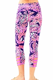 Lilly Pulitzer Weekender Cropped Leggings - Front full body