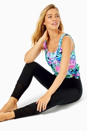 Lilly Pulitzer Weekender High-Rise Legging - Front cropped