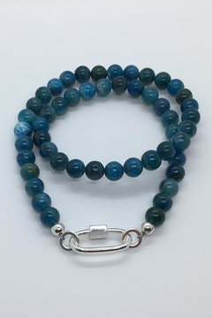 Lily Chartier Pearls Apatite Stone Necklace With Carabiner Lock - Alternate List Image