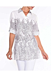 Lily Moss Floral Outline Blouse - Product Mini Image