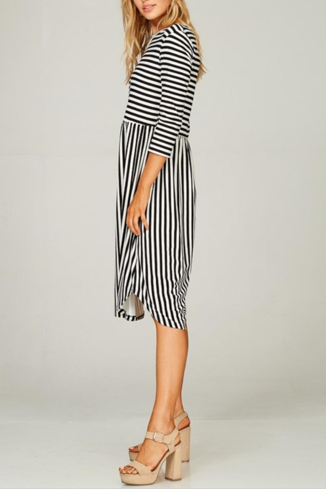 Lime n Chili Striped 3/4-Sleeve Dress - Side Cropped Image