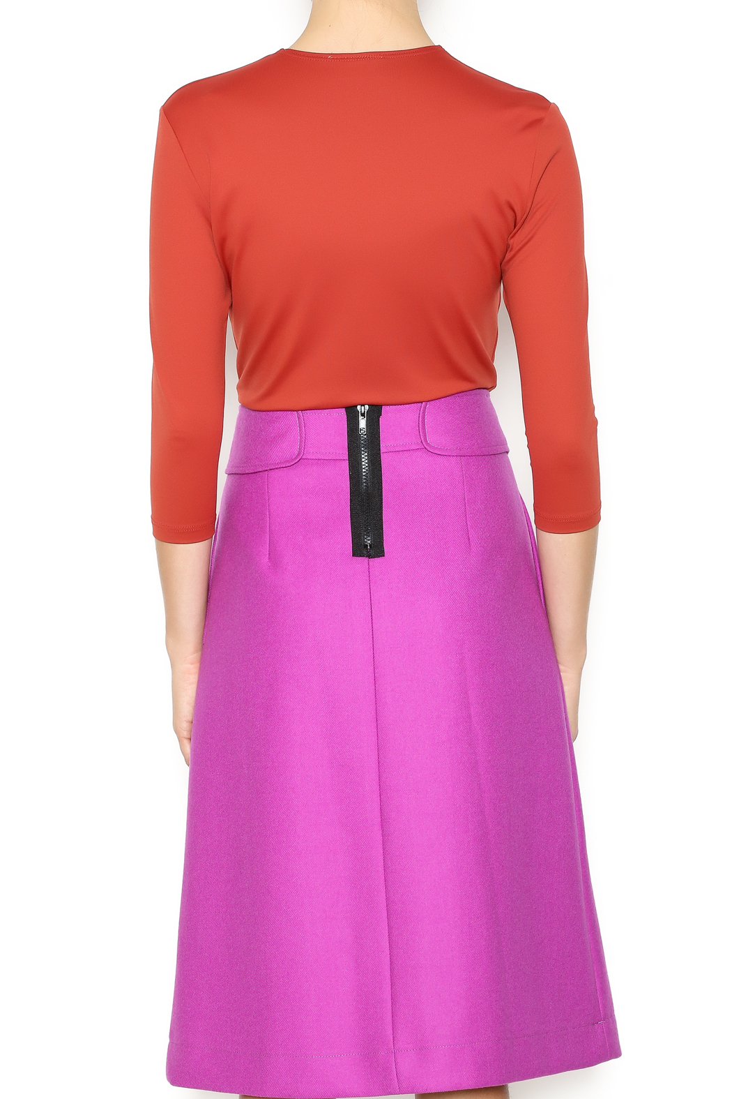 Linda Leal Three-Quarter Fitted Shirt - Back Cropped Image