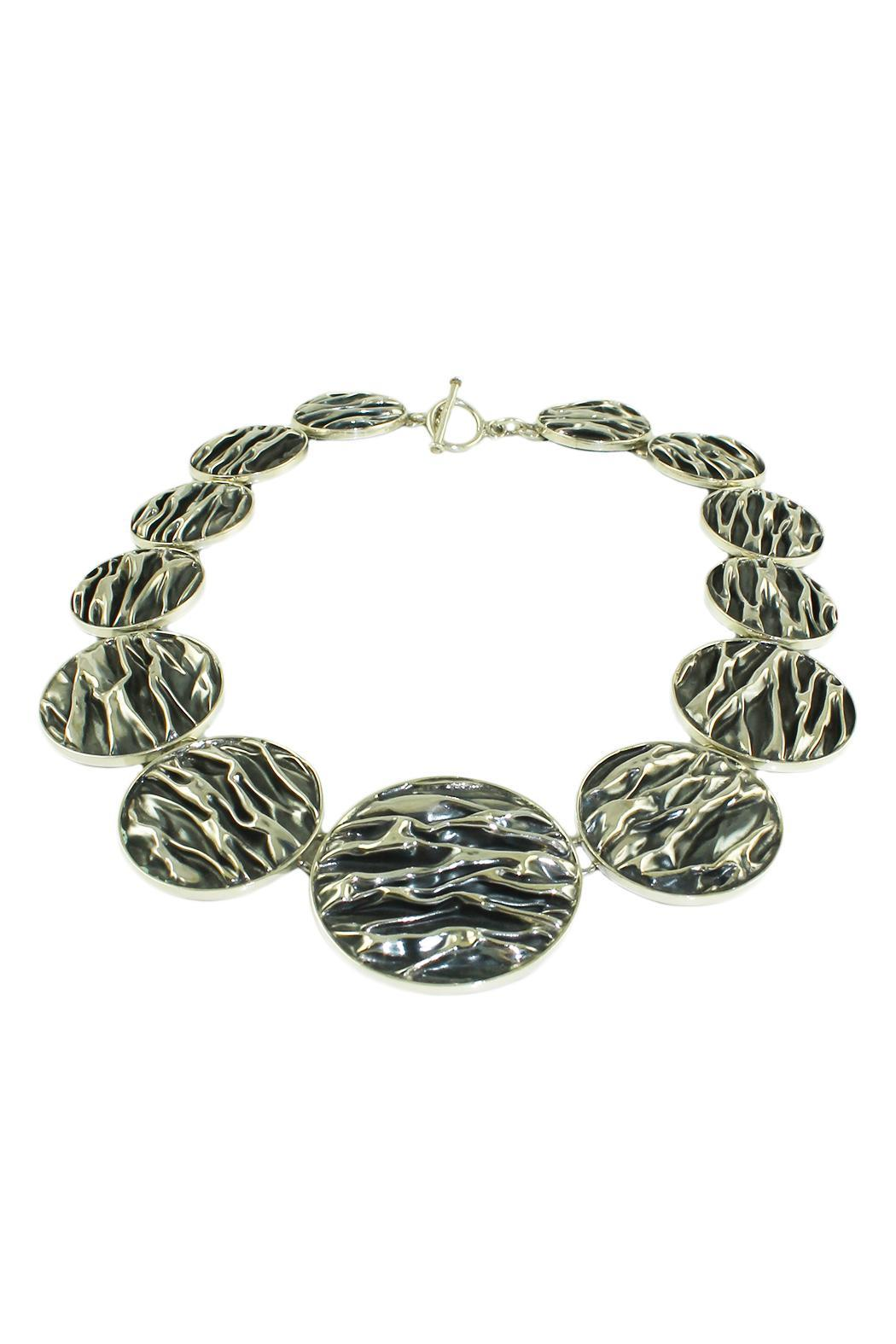 Linda de Taxco Corrugated Circle Necklace - Front Full Image